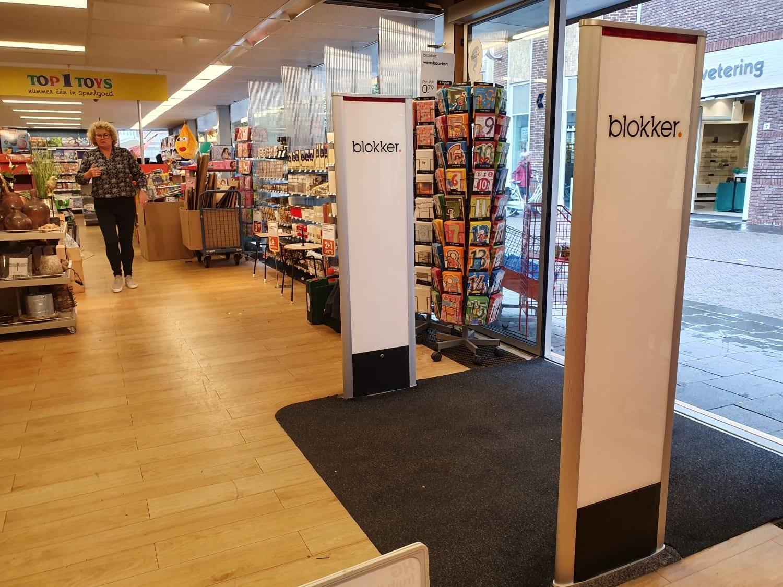Blokker - artikelbeveiliging - winkelbeveiliging - productbeveiliging - winkel - winkeldiefstal - winkeldief - Top 1 Toys - Top1Toys - huishoud - speelgoed - duiven - Mattijssen - Classico - BeSuRe - Nederland - beveiligingslabels - hard tag - beveiligingsetiket - media panel - advertising panel - logo