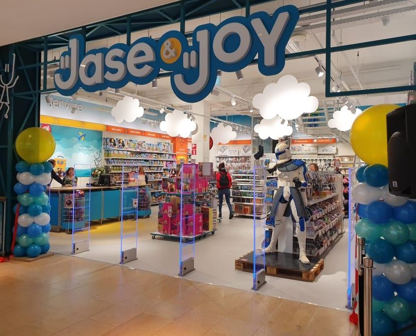 Artikelbeveiliging - productbeveiliging - winkelbeveiliging - detectiepoortjes - radio frequent - RF - winkel - winkeldief - beveiligingslabels - speelgoed - Jase & Joy - Amstelveen - Stadshart - wifi - plexi