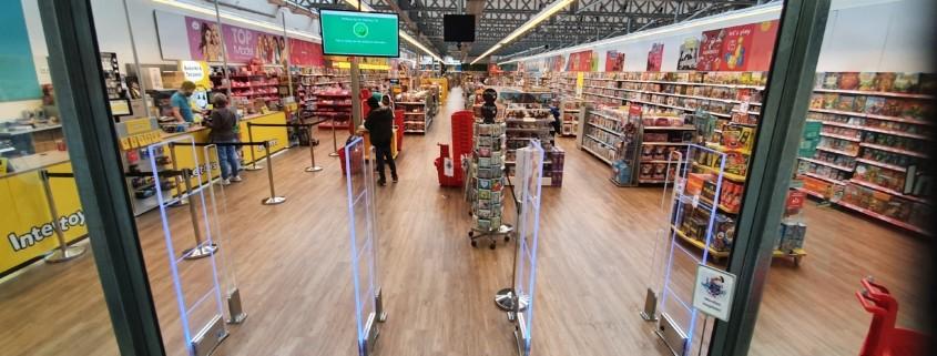 Intertoys - Aabe - Tilburg - Iridium - Sirius - Hyperguard - detectiepoortjes - beveiligingspoortjes - winkel -
